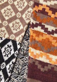 Free People - LANDMARK CARDI - Vest - light brown - 6