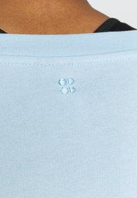 Sweaty Betty - AFTER CLASS  - Sweatshirt - ice blue - 4