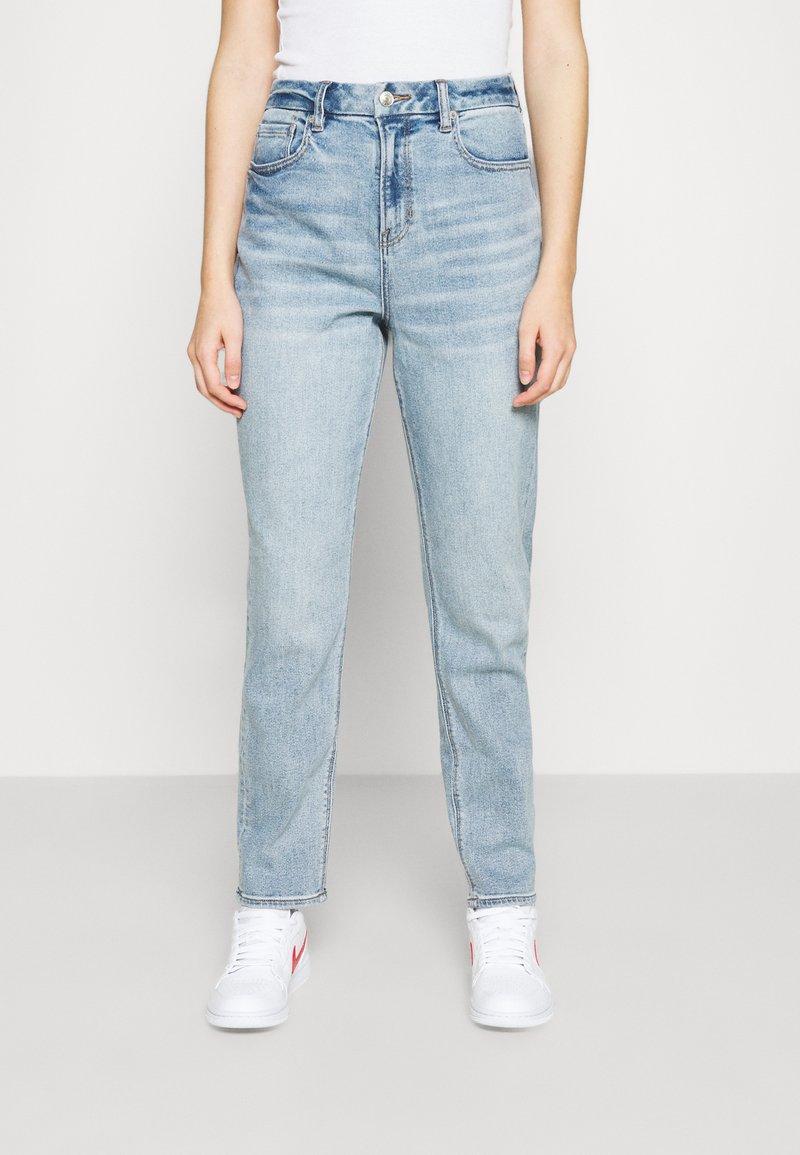 American Eagle - CURVY MOM - Straight leg jeans - light-blue denim