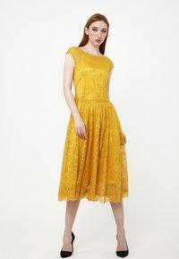 Madam-T - LOTTA - Cocktail dress / Party dress - gelb - 4