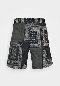 UTILITY UNISEX - Shorts - blacks