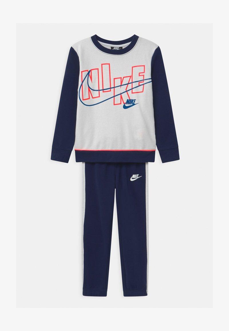 Nike Sportswear - COLOR BLOCK CREW SET - Tracksuit - blue void