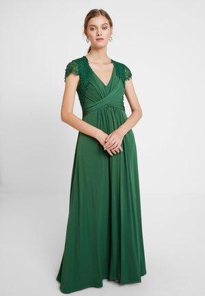 Occasion wear - grün