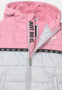 Nike Sportswear - TAPING COLOR BLOCK PUFFER - Winter jacket - pink - 3