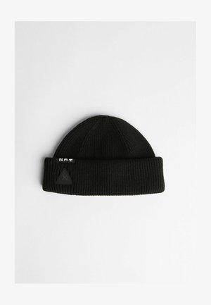Pipo - black