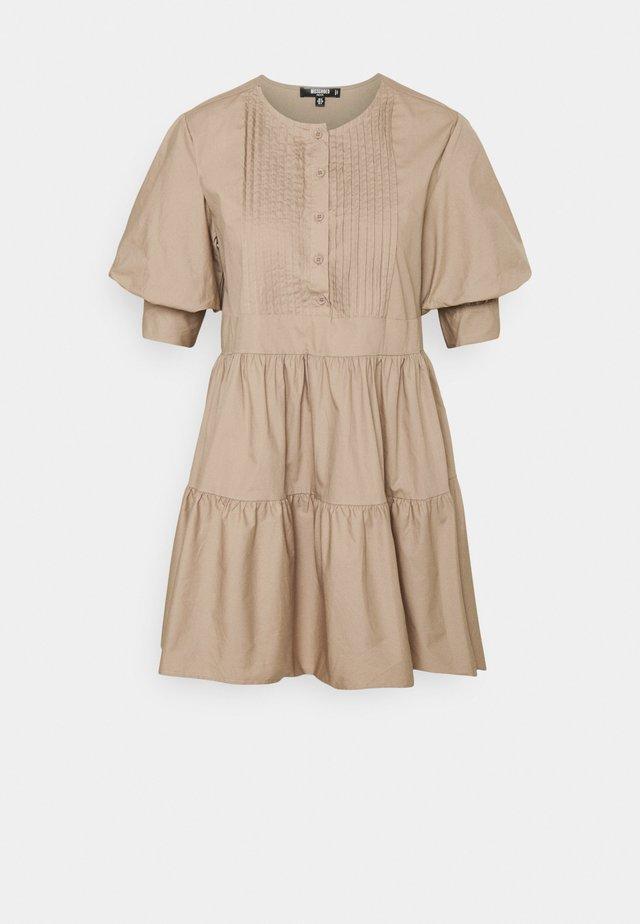PLEAR FRONT PUFF SLEEVE SMOCK DRESS - Shirt dress - beige