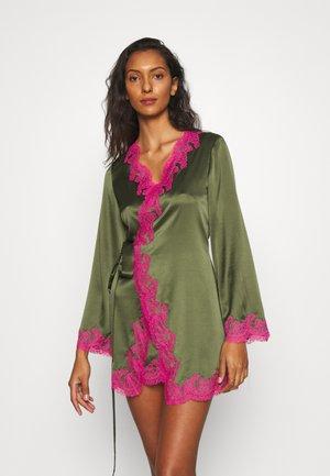AMELEA - Dressing gown - khaki/bright pink