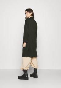 Pieces - PCDORITA COATIGAN - Krátký kabát - duffel bag - 2