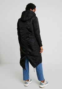 Alpha Industries - LONG FISHTAIL  - Parka - black - 3