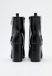 ONLY SHOES - ONLBRODIE ZIP BOOT  - Støvletter - black - 3