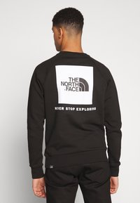 The North Face - RAGLAN BOX CREW - Mikina - black/white - 2