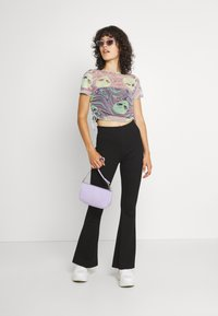 NEW girl ORDER - OUT OF THIS WORLD ALIEN - T-shirt con stampa - multi - 1
