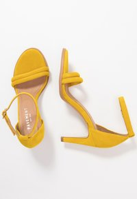 Pavement - AMBER - High heeled sandals - yellow - 3