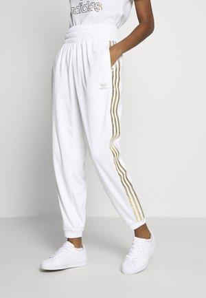 3STRIPES HIGH WAIST TRACK PANTS - Tracksuit bottoms - white