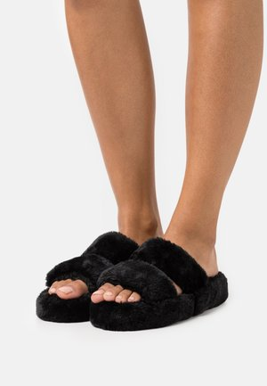 Domácí obuv - black