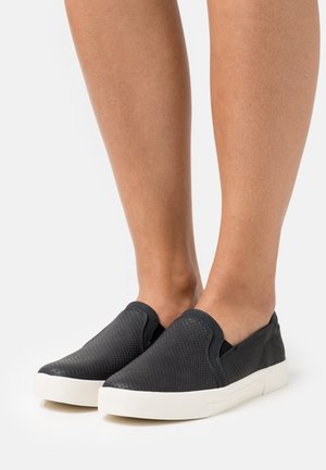 NORTHELLE - Slip-ons - black