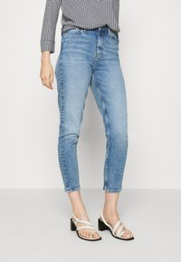 Tommy Hilfiger - GRAMERCY TAPERED - Džíny Relaxed Fit - sara - 0