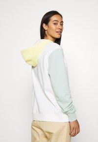 Nike Sportswear - HOODIE - Bluza z kapturem - sail - 2