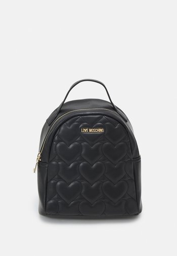 HEART QUILTED BACKPACK