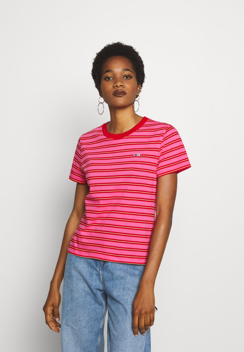 Tommy Jeans - CLASSICS STRIPE TEE - T-shirts med print - pink daisy/multi