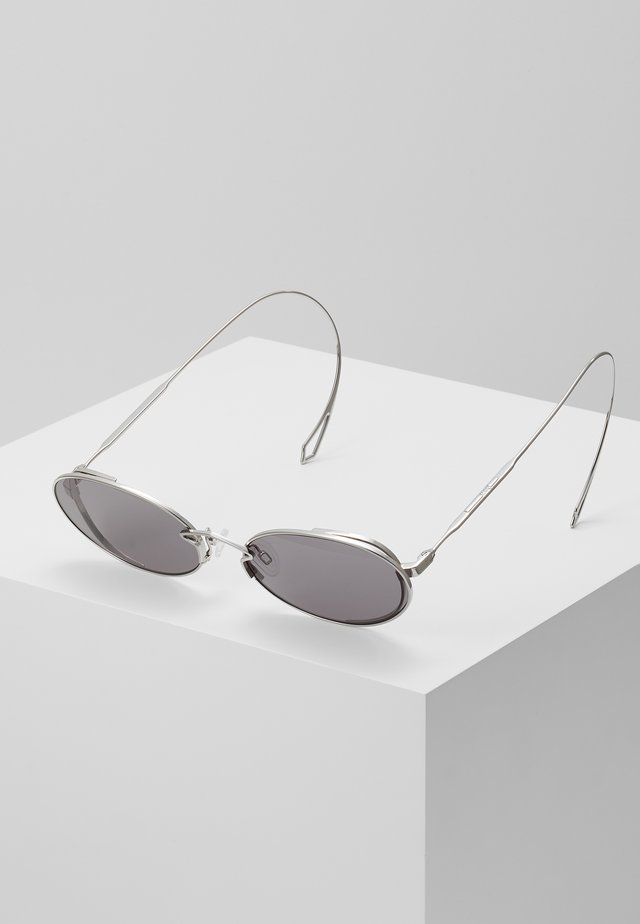Sonnenbrille - silver-coloued/smoke