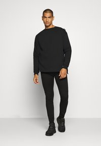 Be Edgy - VALENTIN - Sweatshirt - black - 1