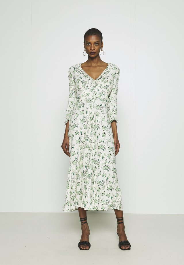NISHA DRESS - Vestido informal - cream/green
