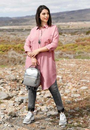 Button-down blouse - rosé
