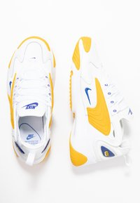 Nike Sportswear - ZOOM 2K - Trainers - white/game royal/dark sulfur - 3
