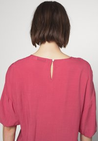 Carin Wester - BOWIE - Blouse - hollyberry
