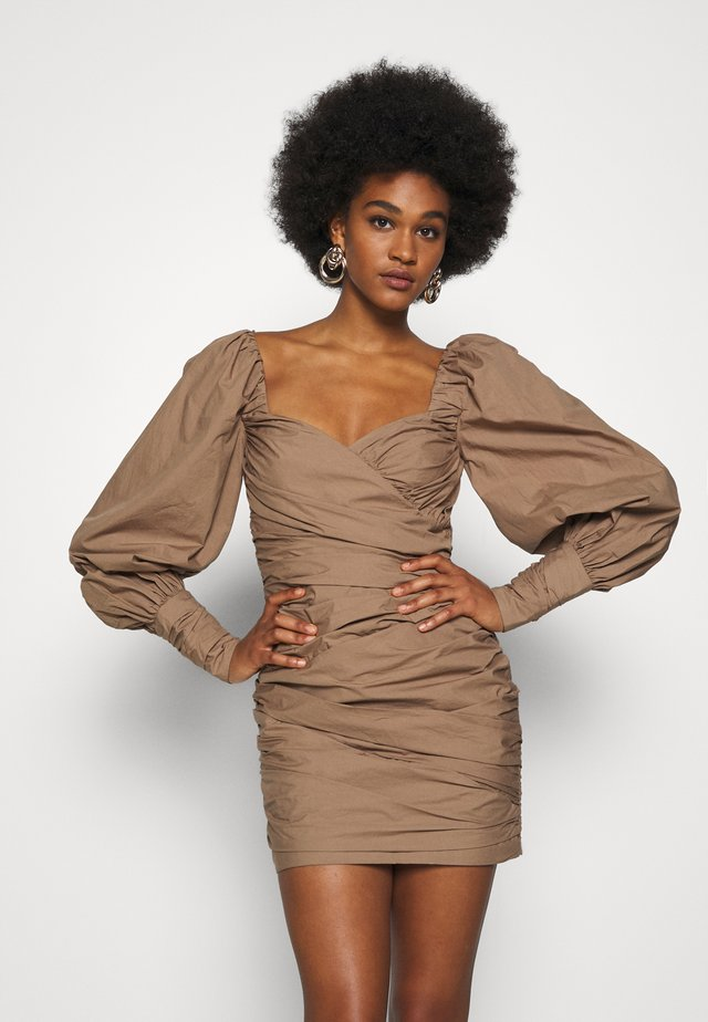 WINSLOWE MINI DRESS - Juhlamekko - mocca