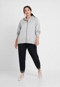 Nike Sportswear - HOODY - Zip-up hoodie - grey heather/white - 1