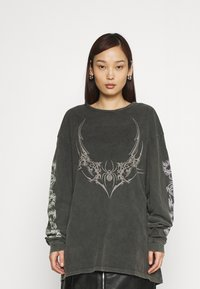 NEW girl ORDER - TRIABL SPIDER ACID WASH - Long sleeved top - charcoal - 0