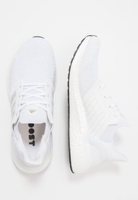 adidas Performance - ULTRABOOST 20 PRIMEKNIT RUNNING SHOES - Laufschuh Neutral - footwear white/core black - 1