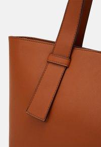 Even&Odd - Tote bag - cognac - 3