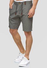INDICODE JEANS - Shorts - iron - 0