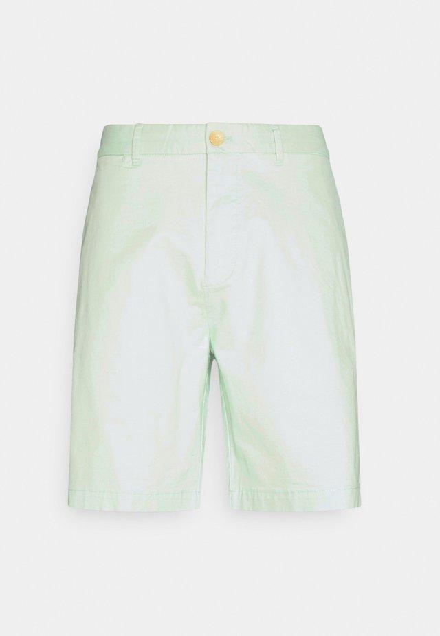 STUART CLASSIC - Shorts - green pearl