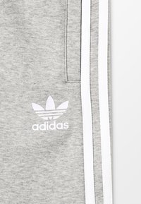 adidas Originals - Kraťasy - medium grey heather/white - 5