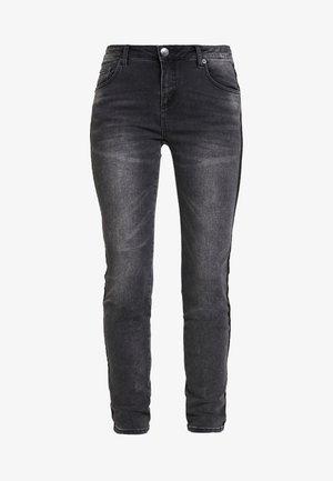 EVITA BLACK - Skinny džíny - dark black