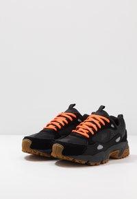Skechers Sport - STAMINA CONTIC - Sneaker low - black - 2