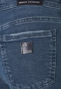 Armani Exchange - POCKETS PANT - Jeans Skinny Fit - indigo denim - 2