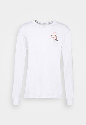 JMPMN CREW - Maglietta a manica lunga - white/chile red
