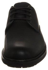 Timberland - STORMBUCKS PT OXFORD - Casual lace-ups - black smooth - 2