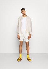 ARKET - Linen Shirt - Shirt - beige - 1