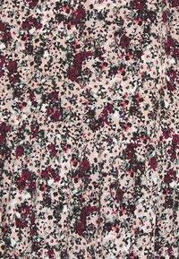 Vero Moda Petite - VMLIVIANA 3/4 ONECK DRESS - Kjole - fawn/liviana - 2