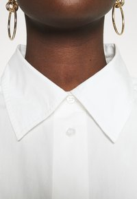 DAY Birger et Mikkelsen - LISTEN - Button-down blouse - white - 5