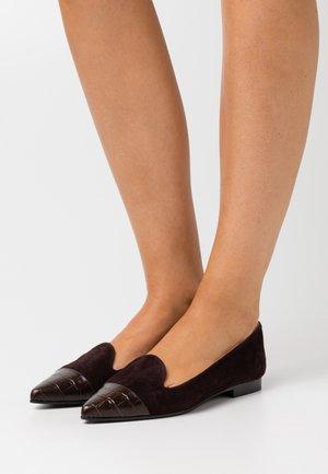 POINTY - Nazouvací boty - brown