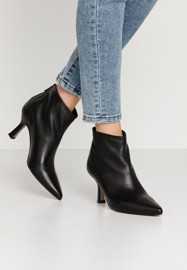 Ankle Boot - nero