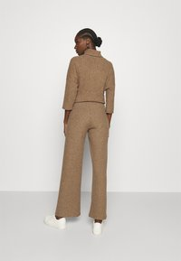 Herrlicher - CIEL BRUSHED  - Trousers - camel melange - 2