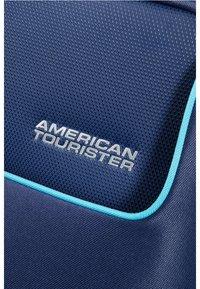 American Tourister - FUNSHINE  - Wheeled suitcase - orion blue - 4